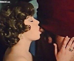 من آموزش در شبیه ساز تا زمانی که آن مرد آمد و او را زیر کلیک داستان جدید سکس مامان